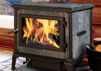 Riscaldamenti: a confronto le emissioni di impianti a gas naturale, gasolio, legna e pellet
